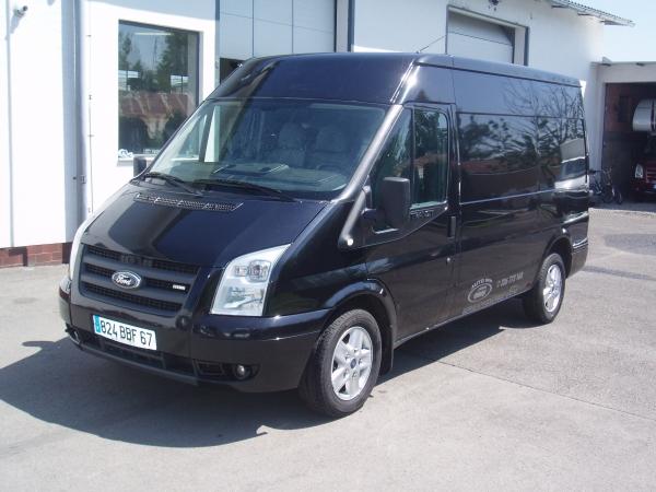 Ford Transit 300 MWB 2,2 TDCi 140 PS střední střecha Parkovací senzory Klimatizace Tempomat Servisní knížka - Prodáno