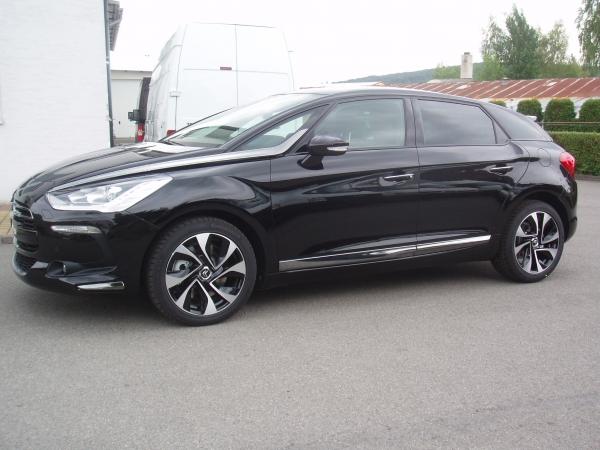 Citroën DS5 Sport 2,0HDi Automat 120kW/163PS - nový vůz  - Prodáno