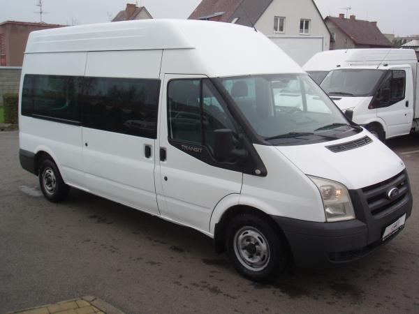 Ford Transit 300L 2,2 TDCi 110 PS minibus 9 míst Vysoká střecha Dlouhý Klimatizace - Prodáno