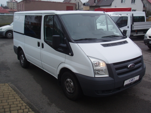 Ford Transit 260 SWB L1H1 2,2 TDCi 62,5kW/85PS 6 Míst - Prodáno