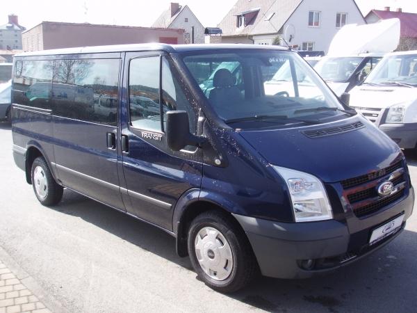 Ford Transit Kombi 2,2TDCi 300MWB L2H1 85kW/115PS Minibus 8-9 míst Trend Servisní knížka - Prodáno