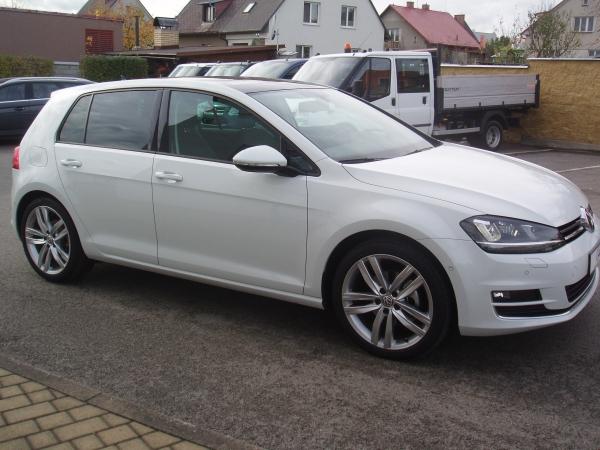 Volkswagen Golf 2,0TDi 110kW/150PS Highline Bluemotion - prodáno