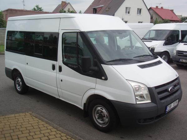 Ford Transit 300M 2,2 TDCi 110PS Kombi minibus 9 míst Střední střecha Klimatizace - prodáno