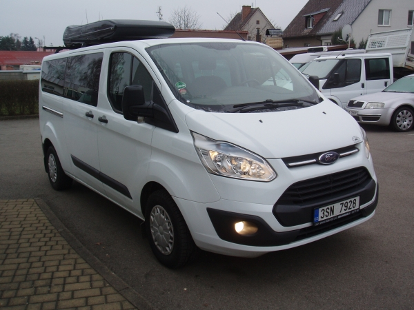 Ford Transit Custom 310L 2,2TDCi 92kW/125PS L2H1 Kombi minibus 9 míst 2xKlima Tempomat - Prodáno