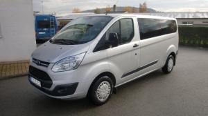 4 .Ford Transit Custom 310L 2,2TDCi 92kW/125PS L2H1 Kombi minibus 9 míst Klima - Autopůjčovna